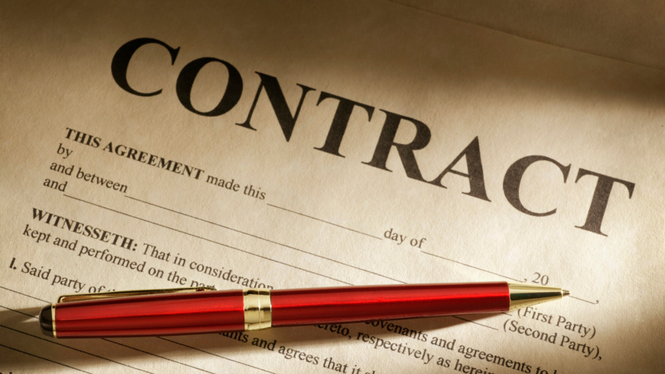 Contract_istock_gettyimages_000003390628.5d3a038e06282
