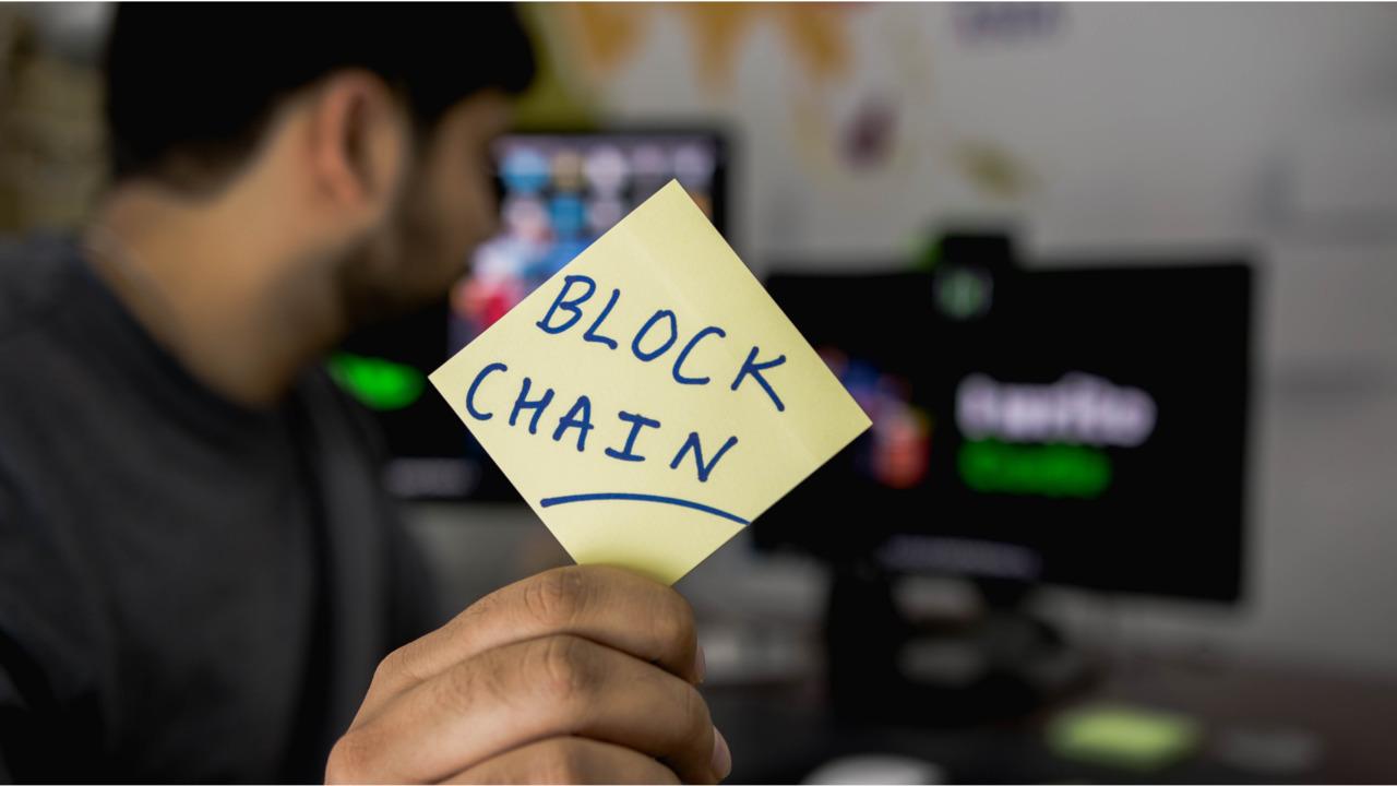 blockchain_hitesh_choudhary_666985_unsplash.5d0923f10bb0e
